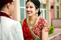 Sugarland_Marriott_Houston_Indian_Wedding_Ceremony_Couple's_First_Look_Photos_015