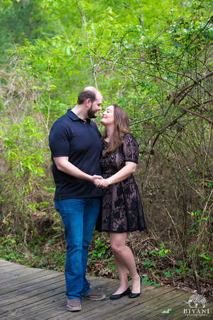 Houston_Arboretum_Engagement_Photos_Houston_TX_004