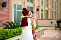 Sugarland_Marriott_Houston_Indian_Wedding_Ceremony_Couple's_First_Look_Photos_012