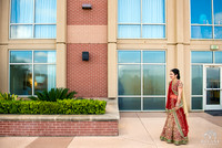 Sugarland_Marriott_Houston_Indian_Wedding_Ceremony_Couple's_First_Look_Photos_002